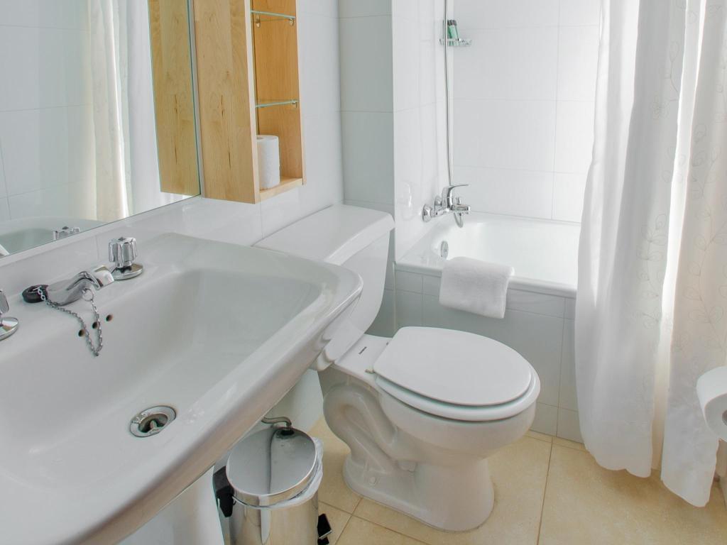 Baño Departamento Tipo A - 104