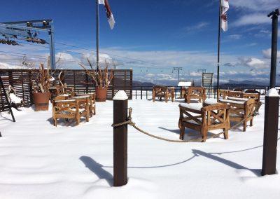 Terraza sillas madera 2